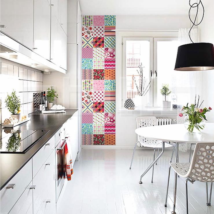 http://www.xobagunca.com/adesivos-azulejos-coloridos/